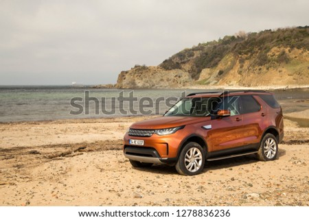 Istanbul/Turkey - March 22 2017 : Land Rover Discovery is a series of mid-size luxury SUVs, produced under the Land Rover marque, from the British manufacturer Land Rover. #1278836236