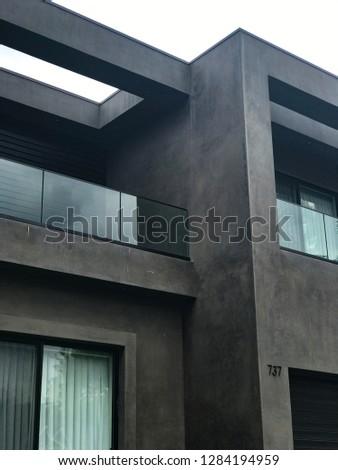 Los Angeles Modern Home  #1284194959