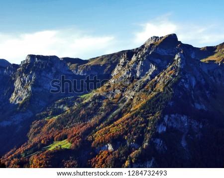 Peak Dejenstock or Dejenstogg and the mountain chain north of Lake Klöntalersee (Klontalersee or Kloentalersee) - Canton of Glarus, Switzerland #1284732493