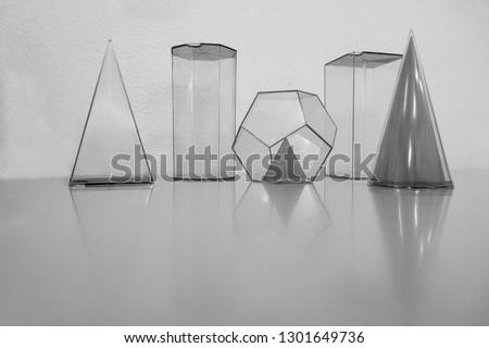 geometric volumes or geometric figures #1301649736