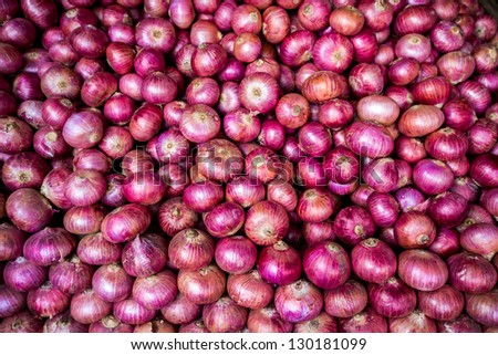 Background heads red onions #130181099