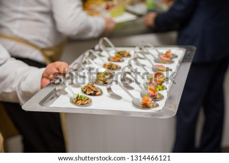 employees with dishes #1314466121