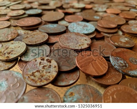 A pile of tarnished and partially corroded British copper coins - one and two pence pieces - and a lot of verdigris #1325036951