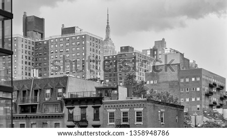 Black and white picture of New York City skyline, USA.