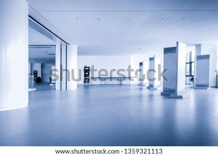 showroom with nobody #1359321113