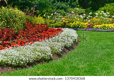 Gardens In Bloom, Landscape Design #1370418368