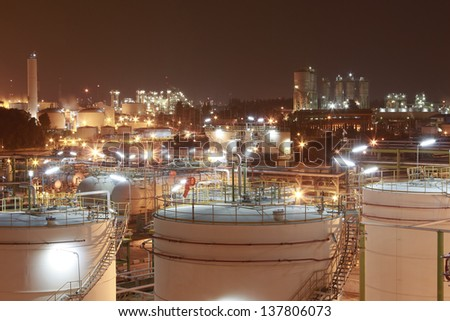 "Night scene of chemical plant , ""Maptaphut industrial"" , Eastern of Thailand #137806073"