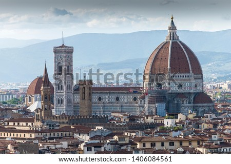 Florence is the capital city of the Italian region of Tuscany.It is considered as the birthplace of the Renaissance.The city is noted for its culture, Renaissance art,  architecture and monuments #1406084561