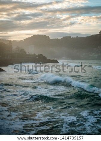 Tidal waves on the beach, in San Sebastian #1414735157