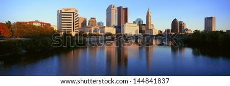 Scioto River and Columbus skyline in Ohio