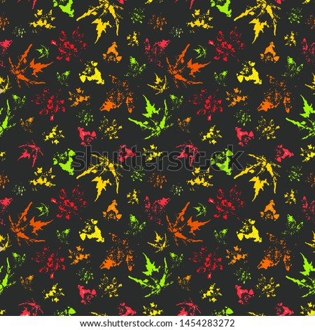 Seamless pattern of autumn leaves on dark green background, isolated on white background #1454283272