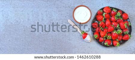 Strawberries with cream. Keto dessert Keto diet. Keto snack. #1462610288