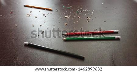 Knife sharpening pencils. Sharpen pencils. Sharpening pencils #1462899632