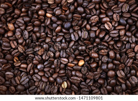 Closeup of roasted coffee beans #1471109801