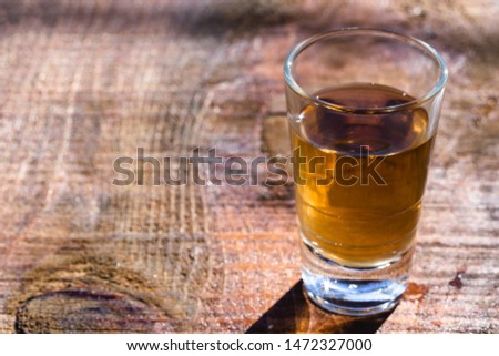 Cachaça, drips, cane or sugarcane is the name given to sugarcane brandy produced in Brazil. #1472327000