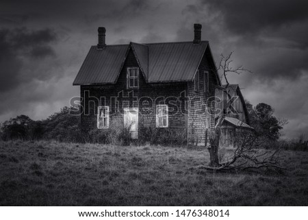 Spooky abandoned House in Black and White #1476348014