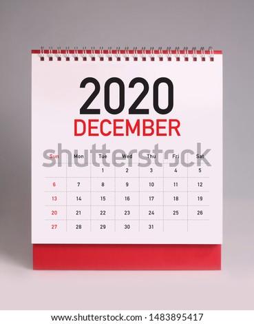 Simple desk calendar for December 2020 Royalty-Free Stock Photo #1483895417