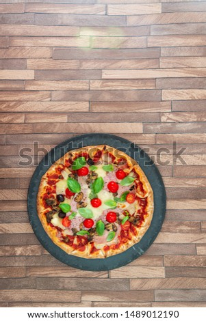 pizza cooked with standard cooked ham and mushrooms #1489012190
