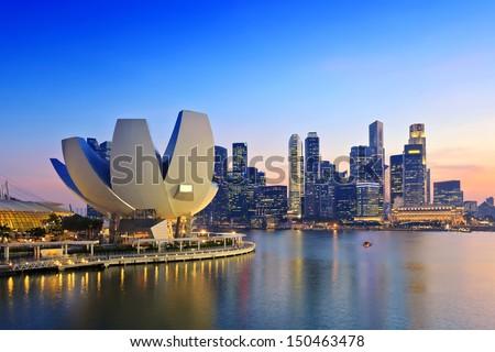 Singapore sunset city skyline at business district, Marina Bay, Singapore Royalty-Free Stock Photo #150463478