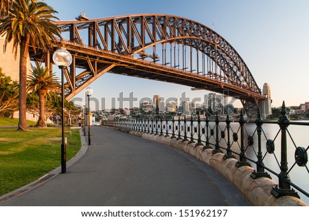 Sydney Harbour Bridge in a quiet spring sunrise in Sydney, Australia Royalty-Free Stock Photo #151962197