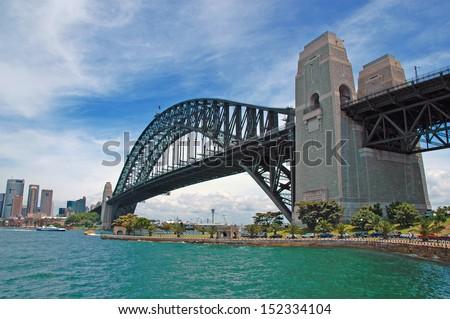 Sydney Harbour Bridge with City Skyline, Sydney, Australia Royalty-Free Stock Photo #152334104
