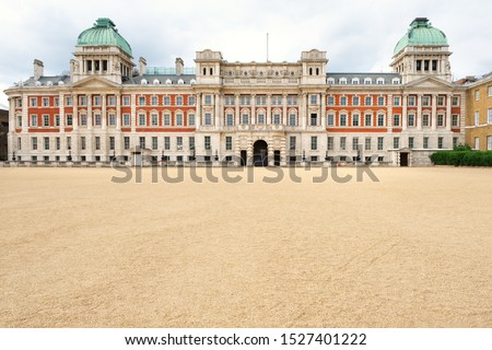 The Horse Guards Parade , a large parade ground off Whitehall in London #1527401222