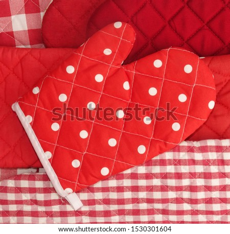 Lovely red mitt oven gloves pile classic cooking #1530301604