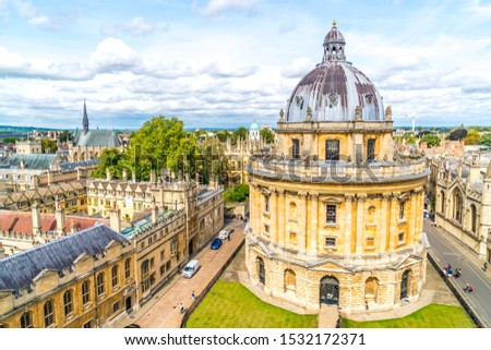 OXFORD, UNITED KINGDOM - AUG 29, 2019 - Elevated view of Radcliffe Camera and surrounding buildings, Oxford, Oxfordshire, England, United Kingdom. #1532172371