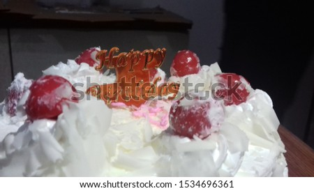 its a cake image capturd by me of a birthday it look so tasty and it is tasty   #1534696361