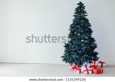 Christmas von lights garlands Christmas tree gifts new year