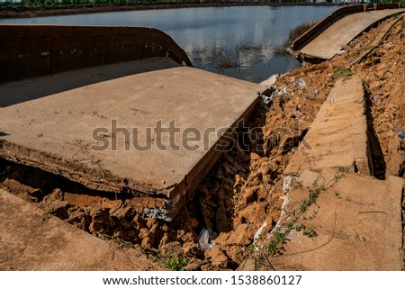Waterproof concrete ridge erosion from erosion  #1538860127