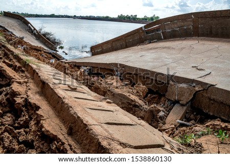 Waterproof concrete ridge erosion from erosion  #1538860130