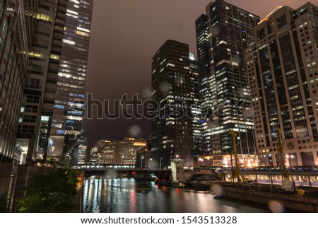 Chicago by night under the rain.