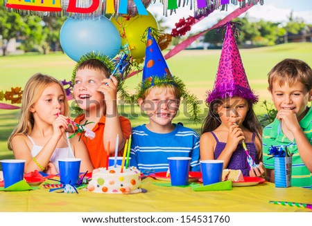 Kids at Birthday Party, Cake and Balloons #154531760