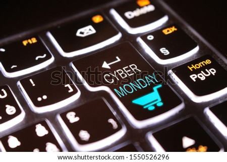 Cyber Monday glowing Key, click it to do the best november and december cybermonday deals ! #1550526296