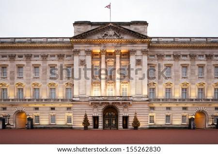 Buckingham palace Royalty-Free Stock Photo #155262830