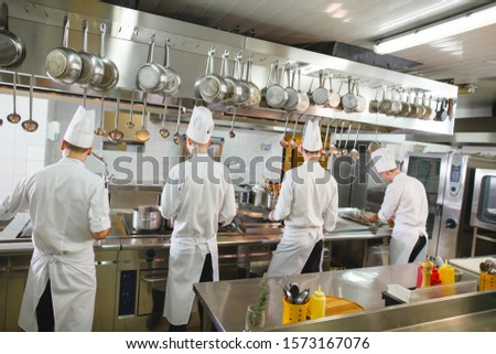 cook cooks in a restaurant #1573167076