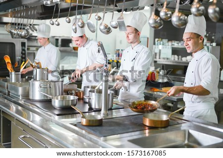 cook cooks in a restaurant #1573167085
