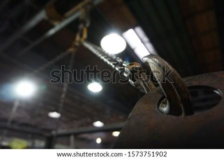 Crane hook in the workshop macro #1573751902