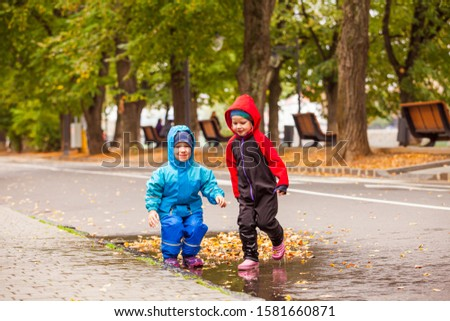 Fun games outdoor in the autumn weather #1581660871