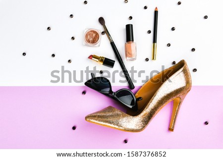 Womens shoes and accessories. Basket and womens accessories. Womens accessories, on a pink background pastel. Beauty and fashion concept. Top view, flat minimalism. flat lay #1587376852