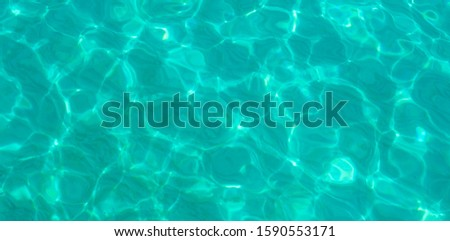Clear sea water, sand can be seen, beautiful watermark, Thailand