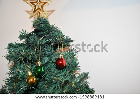 A festive holiday tree for you. #1598889181