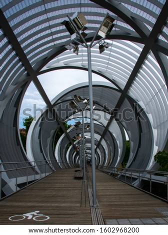 madrid rio park (urban park) #1602968200