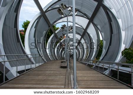 madrid rio park (urban park) #1602968209