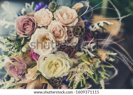 a beautiful and beautiful bouquet of flowers #1609371115
