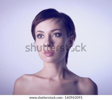 Woman with bare shoulders, and the natural beauty #160963091