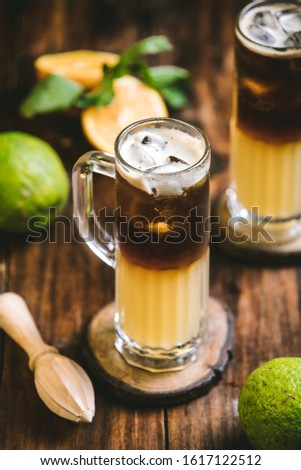 Delicious beverage serving concept with minimalist colors and amber light #1617122512