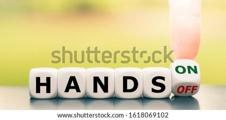 """Finger turns a dice and changes the expression """"hands off"""" to """"hands on"""". #1618069102"""