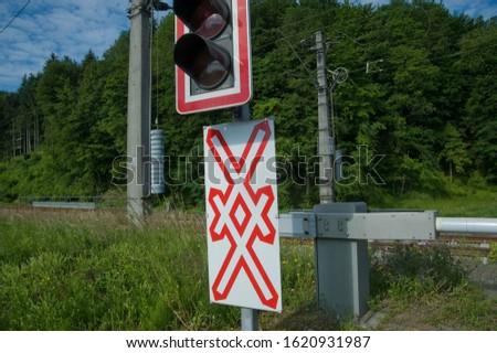 railway crossing, level crossing sign #1620931987